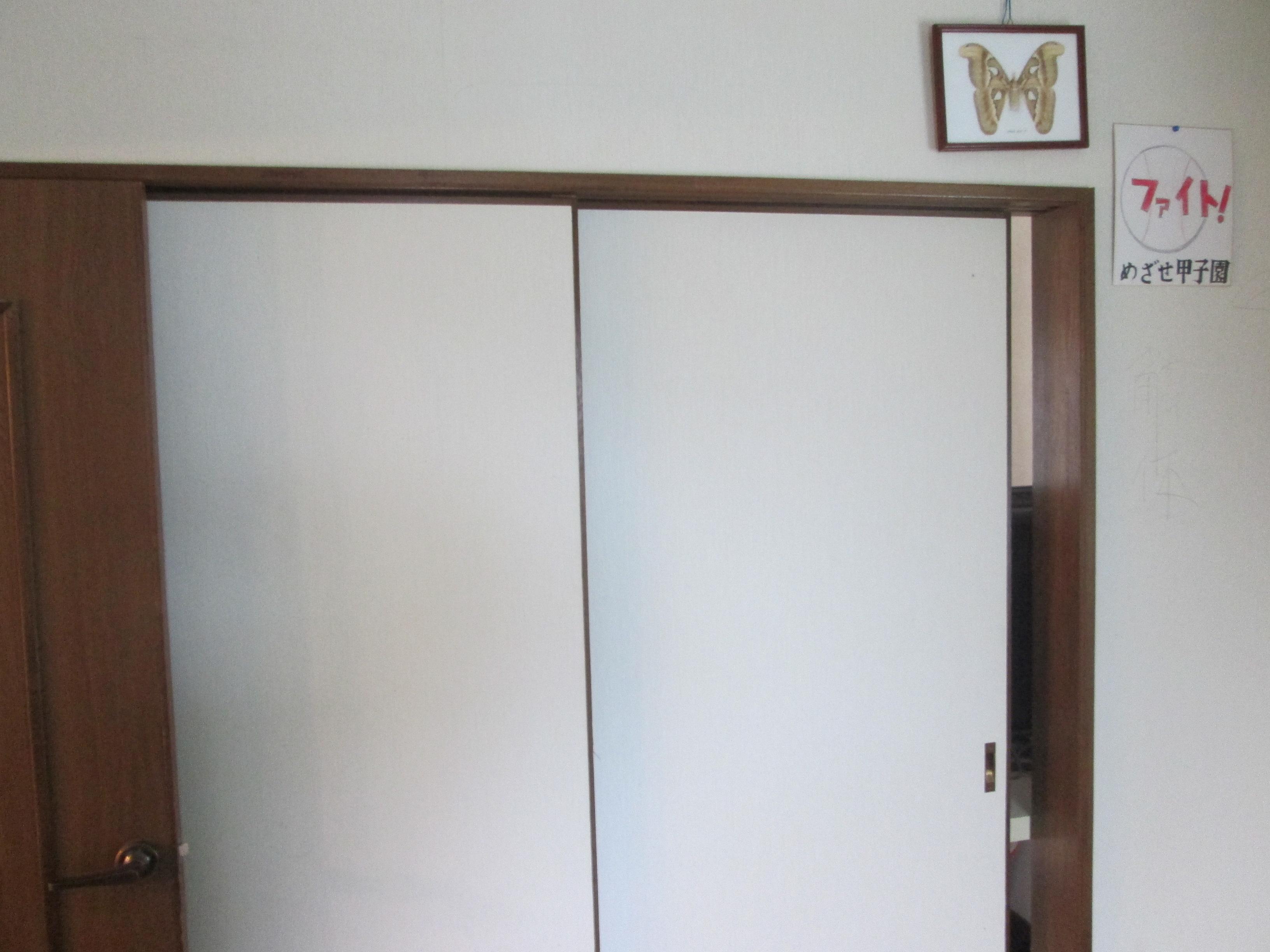 建具ドア クロス工事 内装工事 福岡 北九州市のクロス 床貼替内装工事